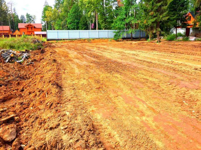 Засыпка болота и поднятие участка в Нарофоминском районе (д. Тошерово)