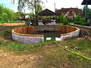 Строительство и берегоукрепление пруда в Нахабино (МО, Красногорский район) 2
